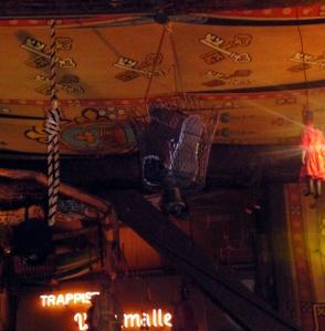 Ceiling Shoe Basket in De Dulle Griet